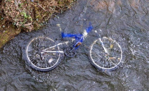 川の水難事故
